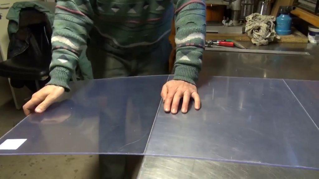 cutting plexiglass