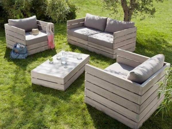 15 Amazing Pallet Garden Furniture Ideas | Power Saw Expert